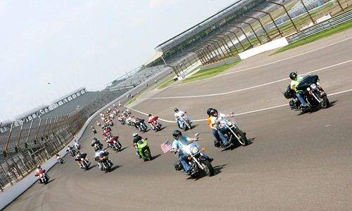 280 bikes on the IMS track