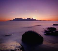 Singing Sands, Eigg (BoboftheGlen) Tags: uk longexposure sunset sea holiday green ferry island scotland pier big rocks singing harbour britain great inner sound murder footsteps rum sands cuillins isle calmac hebrides mcleod eigg the4elements cleadale