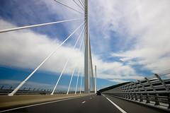 Fuite. (Antoine Monegier du Sorbier) Tags: perspective route ciel pont autoroute nuage paysage ligne millau vitesse viaduc fuite