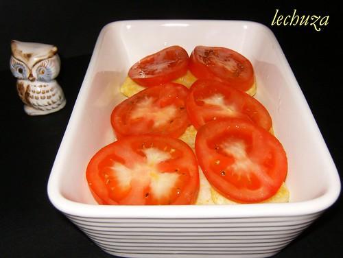 Gratinado de bacalao-capa tomates