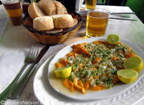 Erizos con salsa verde (sea urchin roe in geen sauce)