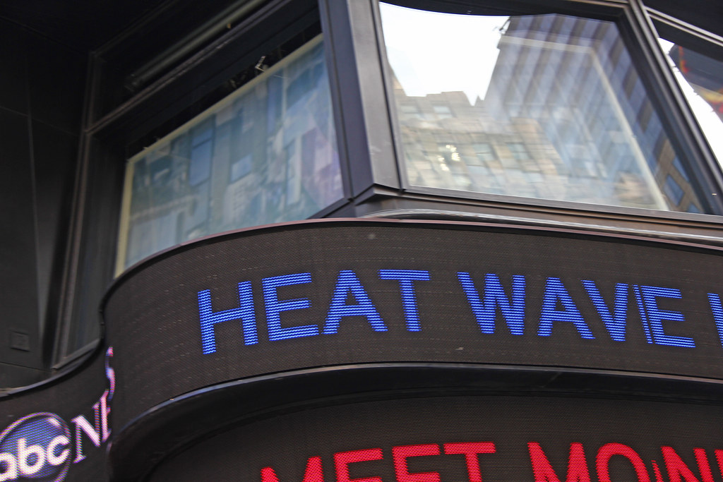 Heatwave In New York City  - The Temperature Reached 104 Degrees In New York City On Friday July 22, 2011. Here Is A Photo On The ABC News Screen Documenting The Heatwave. Photo taken Friday July 22,