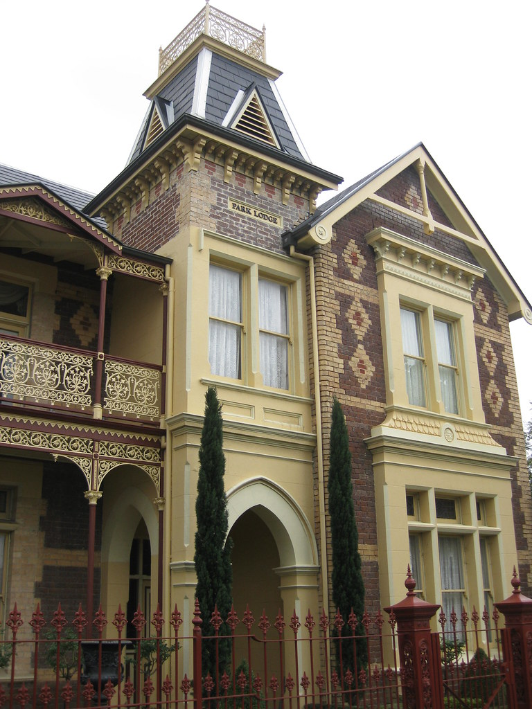 """Park Lodge"" a Victorian Mansion - Moonee Ponds"