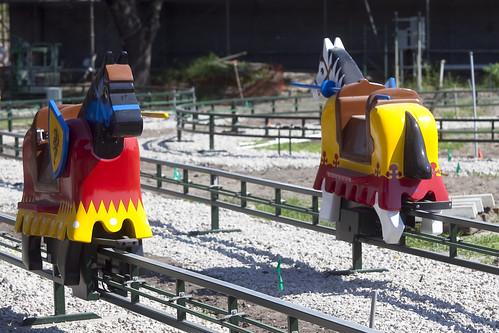 8-2-Legoland-Jousting
