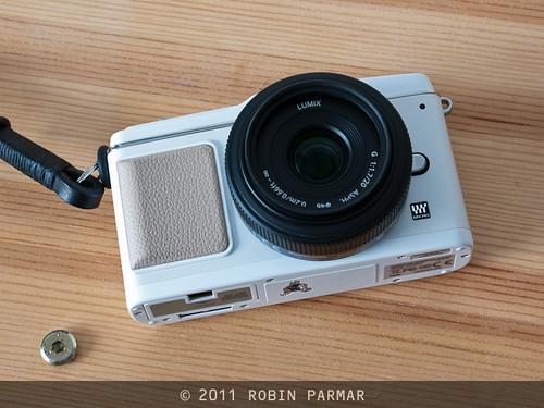 Olympus E-P1 w/ Panasonic 20/1.7