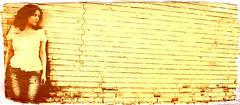 (DeLaRam.) Tags: texture girl wall garden edited ps layer چهارشنبه بابا delaram دیوار مامان 90519 تنهایی کانادا armantake
