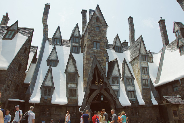 The Three Broomsticks @ Wizarding World of Harry Potter | Islands of Adventure | Orlando, FL