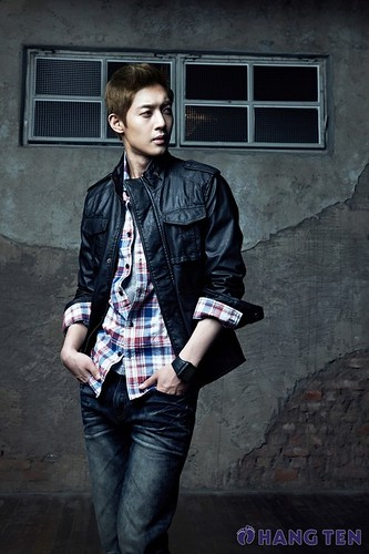 Kim Hyun Joong Kim Hyun Joong Transformed Into Autumn Man