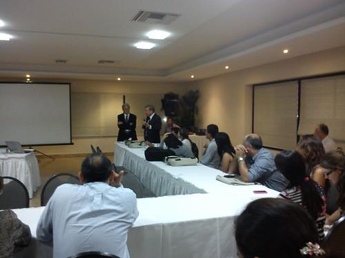 Dr. Antonio Iglesias y Dr. Graham Hughes  by Conasoreuma2011