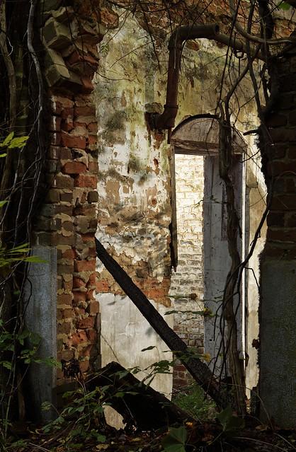 Alba Mill ruins