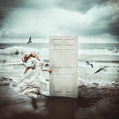 the fleeter's find. (robby.cavanaugh) Tags: ocean door woman beach beautiful birds escape dress find robby cavanaugh idream fleeters truthandillusion