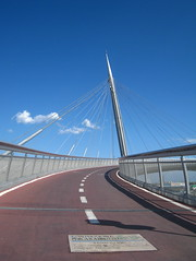 Il ponte del mare, Pescara (Abruzzo) (Kristel Van Loock) Tags: pescara abruzzo abruzzen ilpontedelmare italia italy italie italien bridge bellabruzzo ponte brug fietsersbrug pont italië