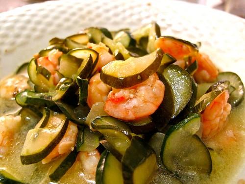 IMG_0920 zucchini and shrimps