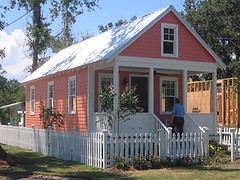 Katrina Cottage (via Mississippi Renewal Forum)