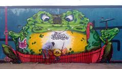 Finalizando (bgodone) Tags: brazil graffiti frog bahia salvador sapo magnified prova cortona hoot nkotb nieuwpoort aspire ende figueiradafoz 植物園 needlefelt haveaseat pistoiablues bigod eoshe hmam flickaday nova10ordem facedowntuesday slidersunday sliderssunday fdtbigodgraffitibrazilsalvadorbahiafrogsaponova10ordempistoiabluesnieuwpoortendehaveaseatflickadayneedlefeltfacedowntuesdayslidersundaycortonaprovaeoshe植物園aspirehootfigueiradafozmagnifiedhmamsliderssundaynkotb