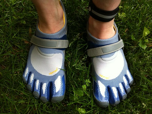 Shoes Fuzzyco Those Weird Toe SUzqVMp