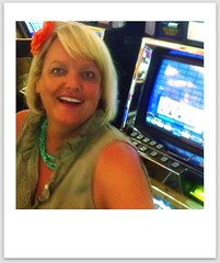 slot machine's are just for posing with...
