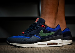 "INike Air Max 1 ""Patta 5th Anniversary"" (Dirty Soles) Tags: family red max holland ex netherlands amsterdam 35mm canon 1 am nt air navy nike retro ii denim fam product corduroy 87 am1 niketalk taf speedlite patta 430ex amfam am87 pattas wdywt"