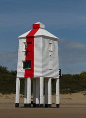 Burnham-on-Sea Lighthouse (Mukumbura) Tags: wood uk blue light red england sky lighthouse white beach stairs outdoors coast wooden sand lighthouses mud legs unitedkingdom dunes somerset safety mudflats navigation piles gettyimages burnhamonsea quicksand lighthouseonlegs summertimeuk