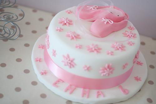 22.07.11 Ballet Cake