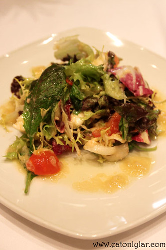 Green salad with salmon mousse, buffalo cheese and vinaigrette Chardonnay, Restaurant Etapes