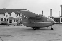 PH-EAB (www.kasvanzonneveld.com) Tags: airplane airport aviation service m57 miles groningen eelde mkiv ehgg nastra grq luchtreclame aerovan pheab