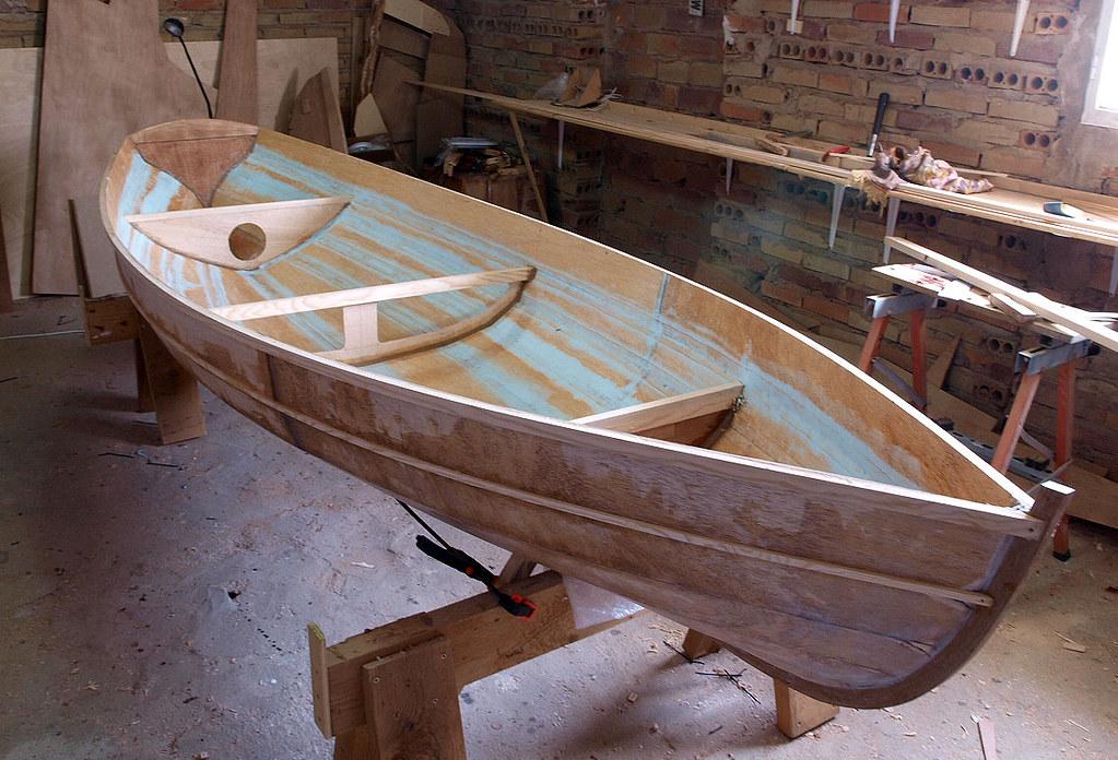 Una barca de remos 5992749499_e5b6150dd7_b