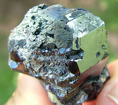 Graves Mountain Rutile Crystals in Matrix (sio2ga) Tags: mountain matrix crystals graves hematite iridescent kyanite rutile