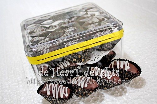 Kurma Coklat Berbadam - Simple Gift Pack