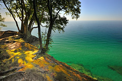 """Lake Superior"" -  Pictured Rocks National Lakeshore (Michigan Nut) Tags: park sky cliff usa tree nature clouds geotagged evening moss hiking michigan scenic roots trail national upperpeninsula lakesuperior picturedrocksnationallakeshore"