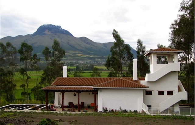6006198213 2249804ee2 o Ecuador Real Estate MLS March 2012