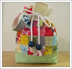 Drawstring Patchwork Pouch (bluebirdluxe) Tags: bag pouch patchwork drawstring organiccotton handstitching robertkaufman greenlinen bluebirdluxe nancymims pickabunch pretty{little}pouchswap quiltblocktumblers