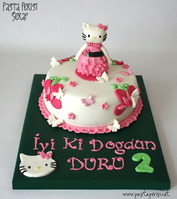 Hello Kitty Cake- DURU