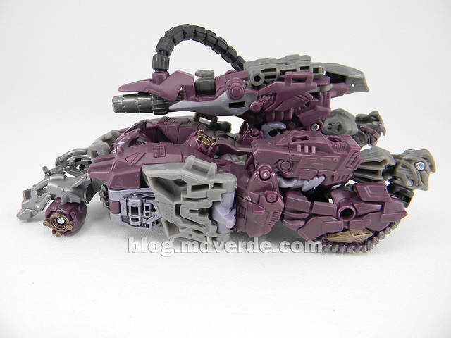 Transformers Shockwave Dark of the Moon Voyager - modo alterno