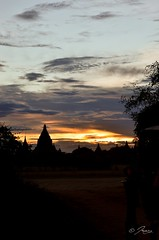 Sunset view from our horsecart (Icy_Aj) Tags: sunset temple pagoda buddha burma buddhism myanmar horsecart pagan bagan lacquerware buddhismarchitecture ricedish templearchitecture goldenland