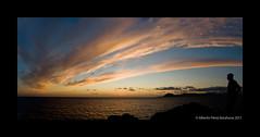 (Alberto Prez Barahona) Tags: sol atardecer nikon do d son porto castro puestadesol puesta 60 anochecer d60 2011 portodoson baroa castrodebaroa nikond60 albertoprezbarahona