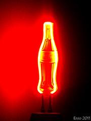 Neon II (Enio Branco) Tags: coke cocacola sonyalpha sonyt200 eniobranco