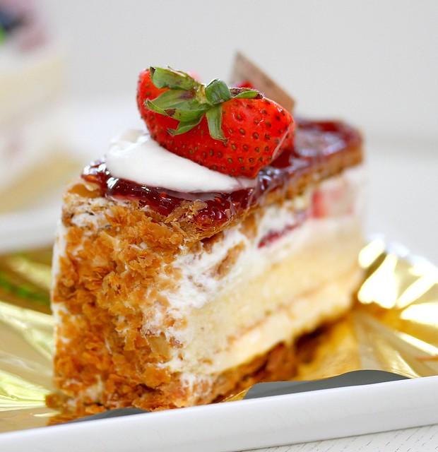 Flor Pâtisserie's Napoleon cake
