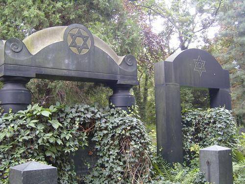 Jewish Cemetery XI