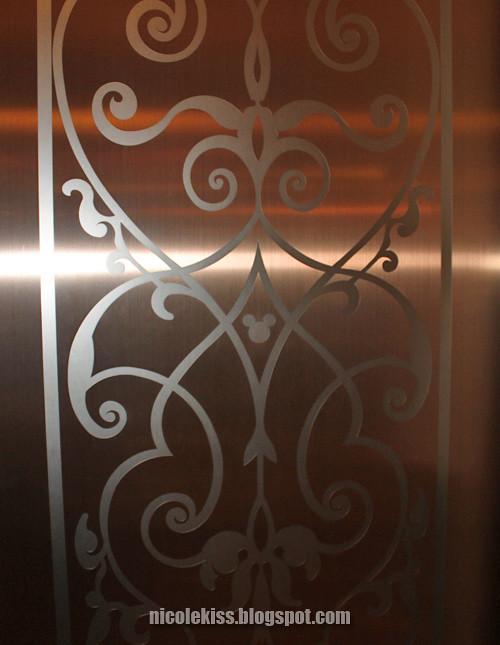disney hotel lift