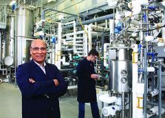 Le professeur Rajeshwar Dayal Tyagi, du Centre Eau Terre Environnement