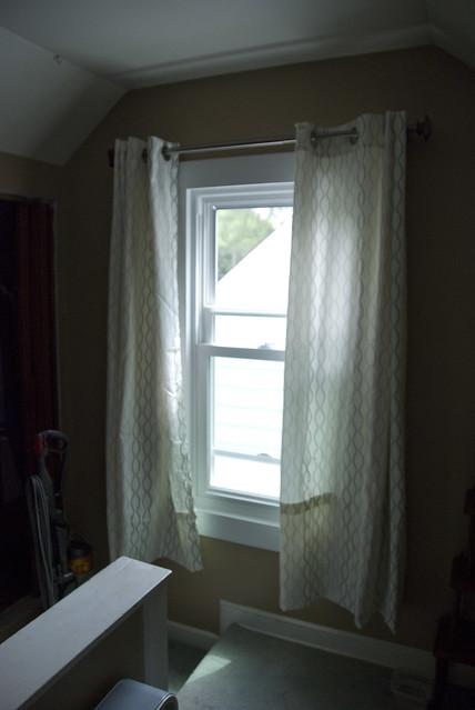 bedrm curtain 2
