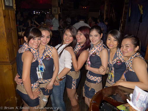 Seventeen Saloon Staff, Saigon