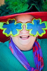 Kozzi-Close-up-of-crazy-glasses-in-parade