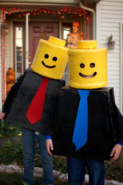2010 legos minifig halloween costumes