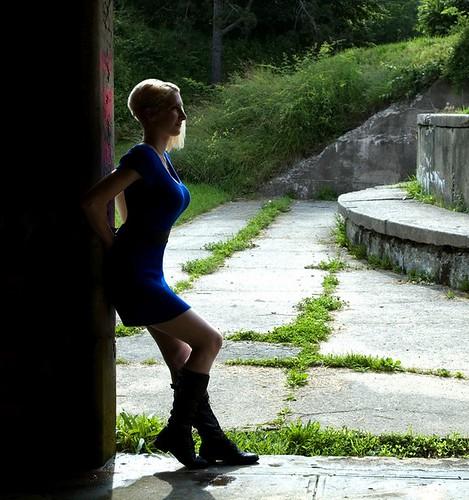 Side woman