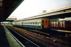 207005 Clapham Junction 22.08.90 (jonf45 - 3 million views-Thank you) Tags: rail trains junction class british network southeast railways clapham 207 nse 207005