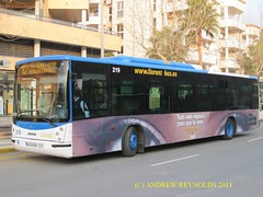 2011 02 09 SCANIA N94 HISPAN0 LLORENTE BUS NO219 ROUTE 1O AT BENIDORM (Andrew Reynolds transport view) Tags: bus advertising for see coach spain eyes europe you space transport can it company route 02 09 transit passenger autobus benidorm scania 219 overall autobuses livery in 1o 2011 llorente advertsing presumably refers at no219 n94 allecante hispan0