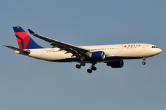 Delta Air Lines (ex- Northwest Airlines) - Airbus A330-200 - N857NW - John F. Kennedy International Airport (JFK) - July 15, 2011 2 390 RT CRP (TVL1970) Tags: airplane geotagged nikon northwest aircraft aviation delta jfk airbus airlines nwa a330 airliners northwestairlines jfkairport pw prattwhitney kennedyairport deltaairlines a330200 airbusa330 gp1 d90 a330223 johnfkennedyinternationalairport airbusindustrie airbusa330200 jfkinternational kjfk nikond90 nikkor70300mmvr 70300mmvr pw4000 pw4168a n857nw themounds pw4168 nikongp1