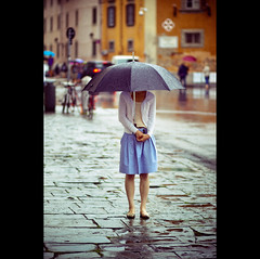 Day Hundred and Eighty-four (cover series 2) (ODPictures Art Studio LTD - Hungary) Tags: portrait italy art rain umbrella canon t eos mood 85mm letter 365 f18 toscana magyar es 500d demography portr olasz toszkna eserny orbandomonkoshu
